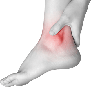 What is the relationship between a knee-jerk response test and ankle sprain?