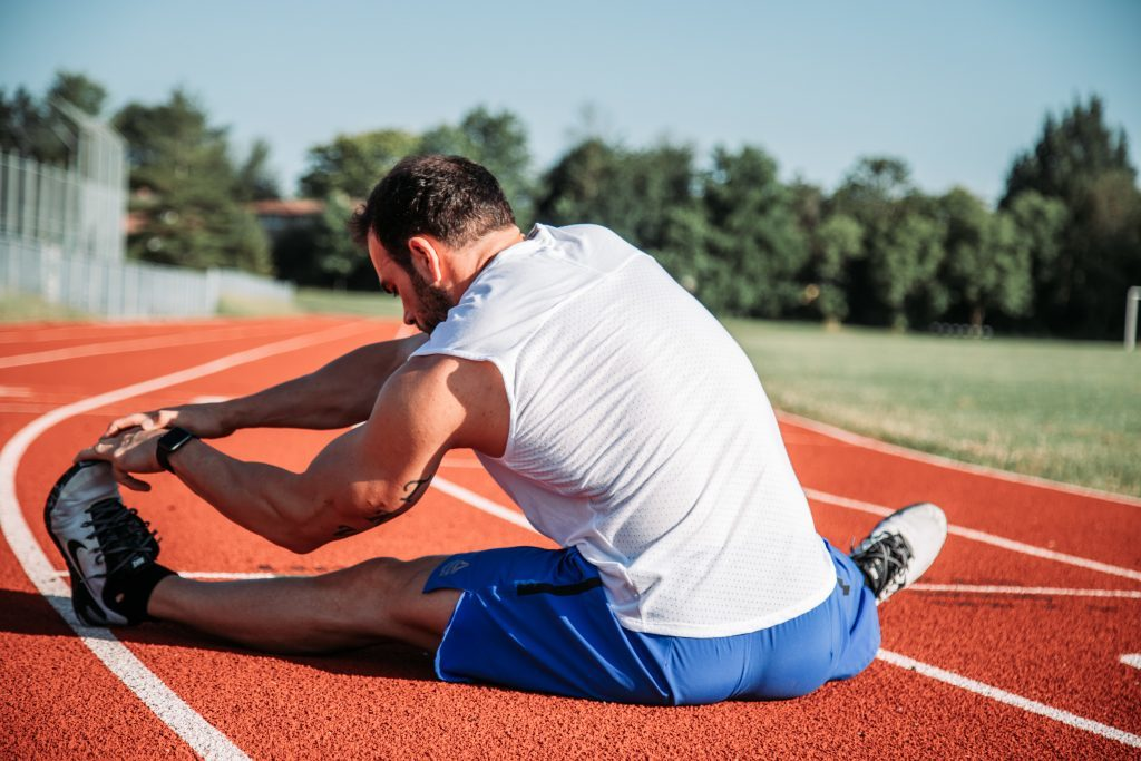 stretching for muscle tightness in runners