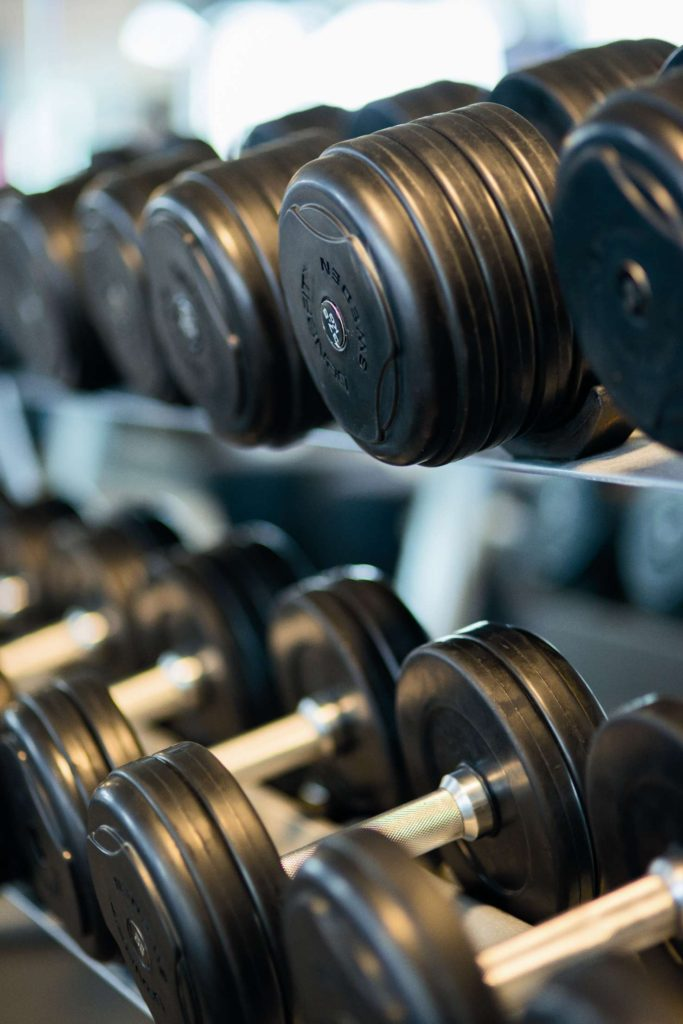Choosing a weight that is effective to train muscles is important